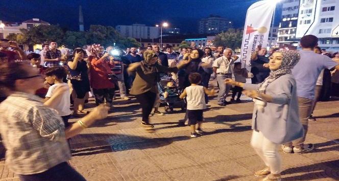 Maraş Dondurması Samsun'da dondurma şovu yaptı