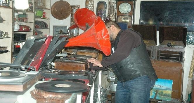 110 yıllık gramofonun hikayesi