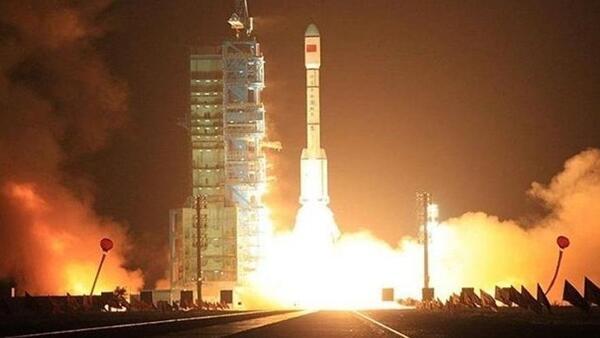 Çin uzaya deneysel iletişim uydusu fırlattı