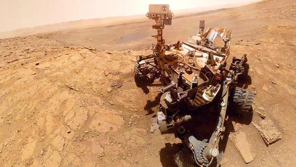 'Meraklı'nın Mars selfIe'si