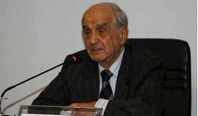 Prof. Dr. Mümtaz Soysal hayatını kaybetti
