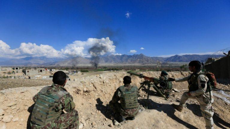 Afganistan'da müzakere ve çatışmalar aynı anda