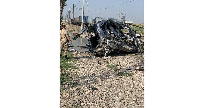 Narlı'da ük treni hafif ticari araca çarptı: 1 ölü