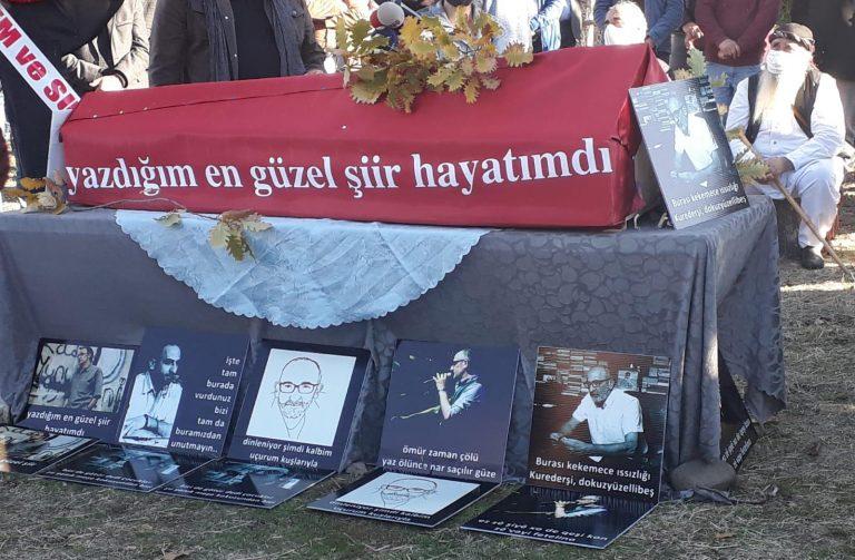Şair Mehmet Çetin, Ovacık'taki köyünde toprağa sırlandı
