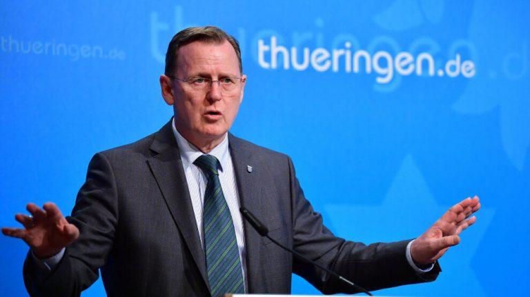 Almanya'nın tek Sol Partili başbakanı başarılı