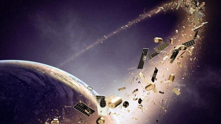Avrupa, yörüngede temizlik için ilk anlaşmayı yaptı