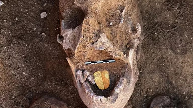 Altın dilli mumyalar keşfedildi