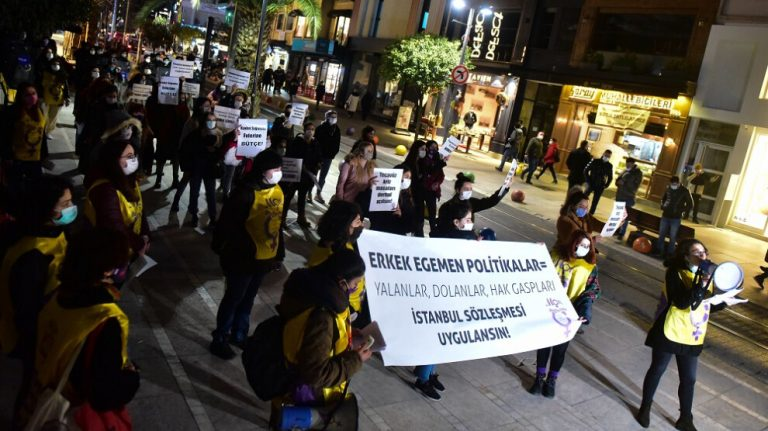 Mor Dayanışma: Yalanlarınıza, dolanlarınıza inanmıyoruz