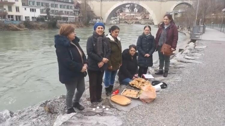 İsviçre'nin başkenti Bern'de Xızır lokması pay edildi